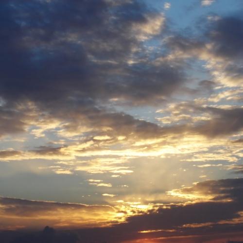 sky_076.jpg