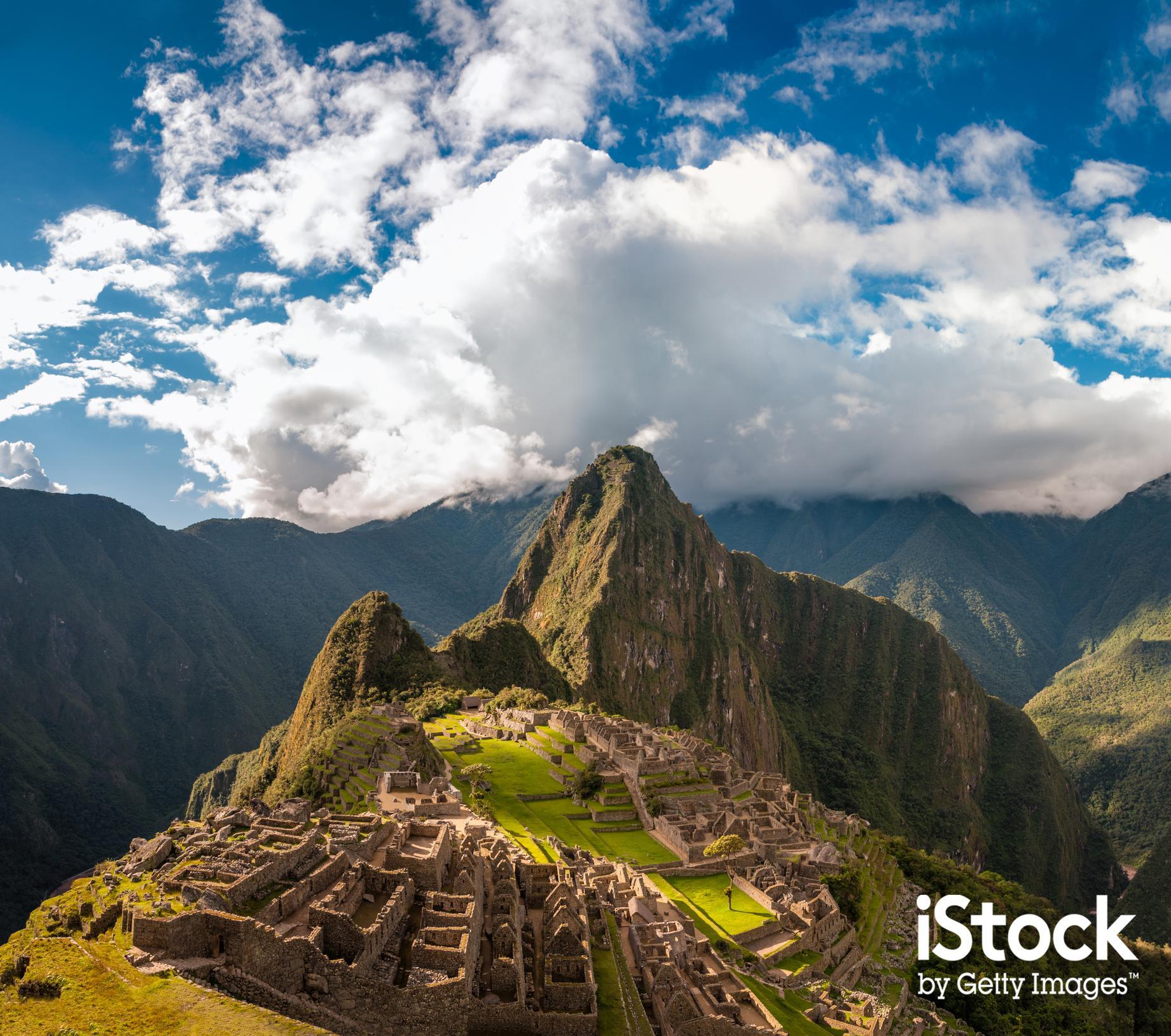 Dramatic view of Macchu Picchu