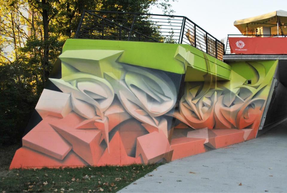 Underpass graffiti that looks like a sculpture