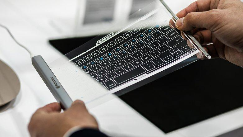 This flexible keyboard rolls up into its casing