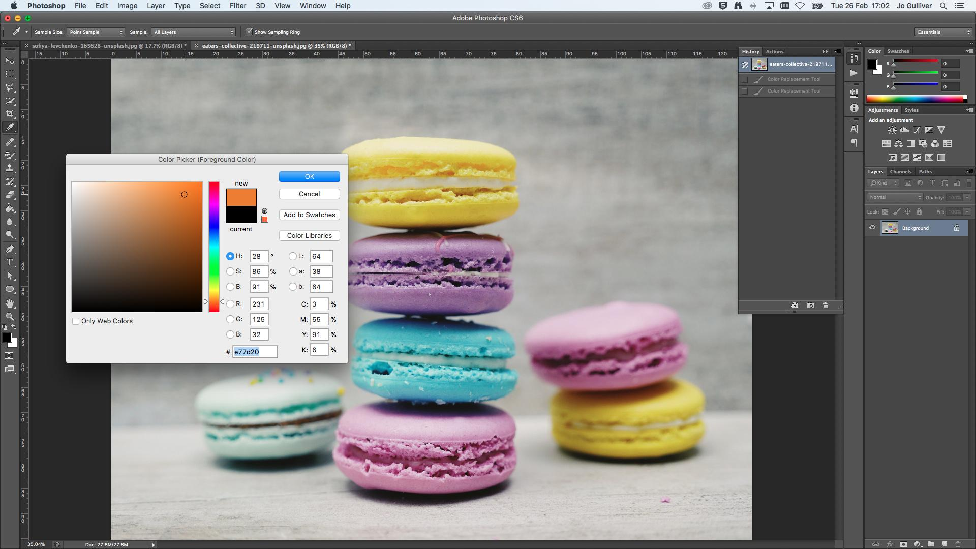 A stack of macrons with a colour selection menu